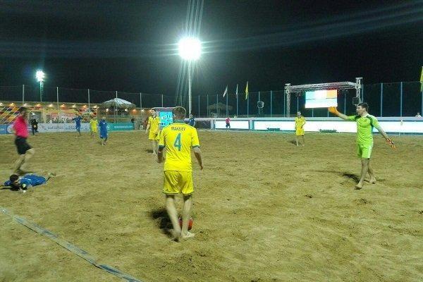 روز دوم مسابقات بین المللی فوتبال ساحلی؛ایران و لهستان پیروز شدند